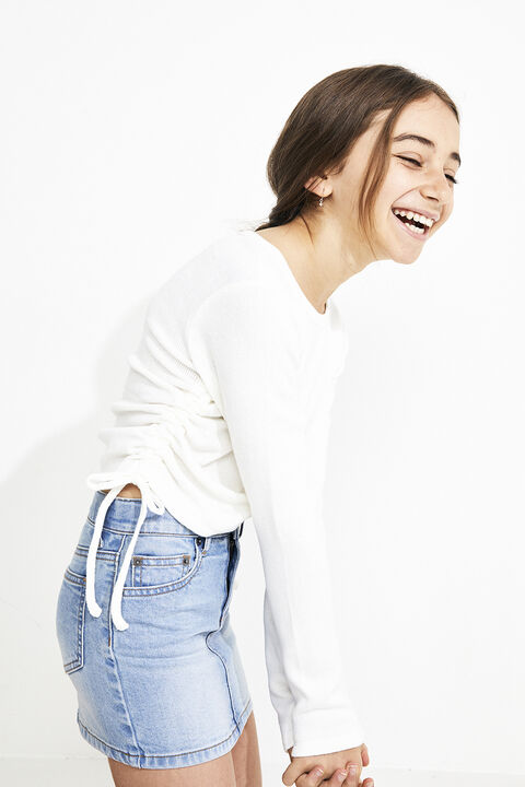 GIRLS ELOISE ROUCHED TEE  in colour CLOUD DANCER