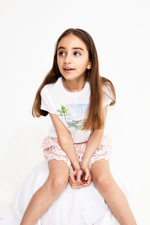 TWEEN GIRL HAWAII TEE in colour CLOUD DANCER