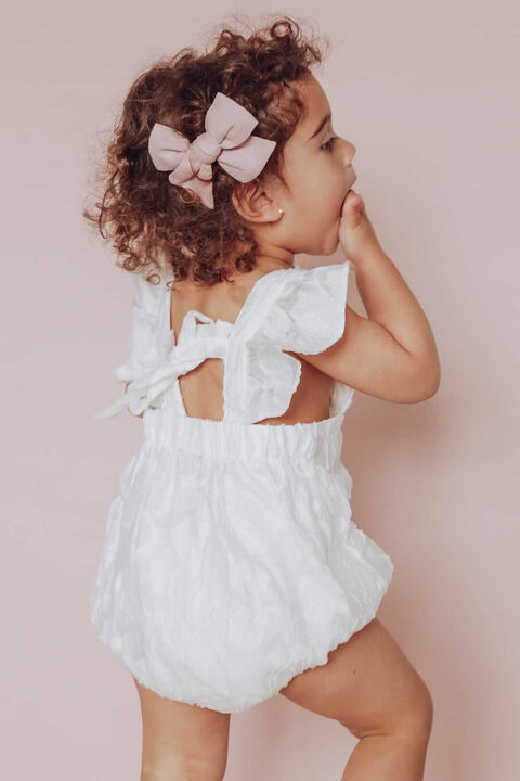 BABY GIRL FRANKIE RUFFLE GROW in colour CLOUD DANCER