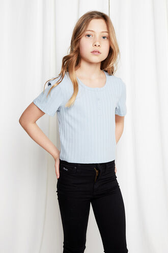 CASSIE SCOOP TEE in colour BALLAD BLUE