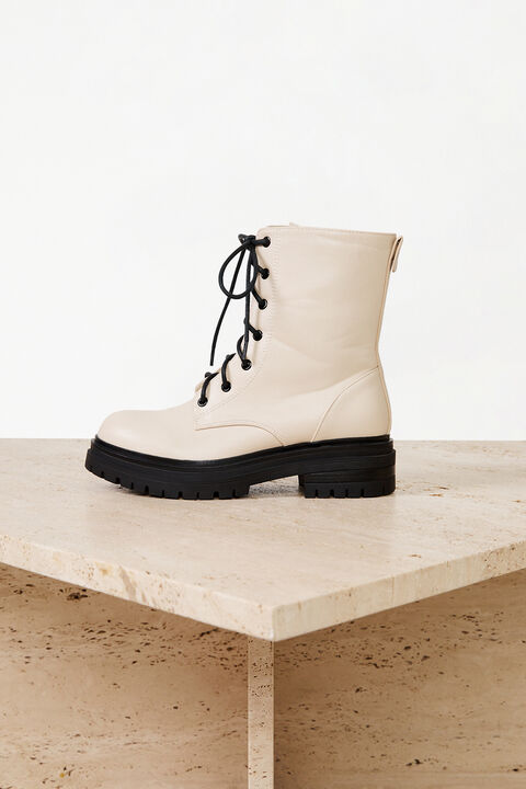 GIRLS ISABELLE LACE UP BOOT in colour CREAMPUFF