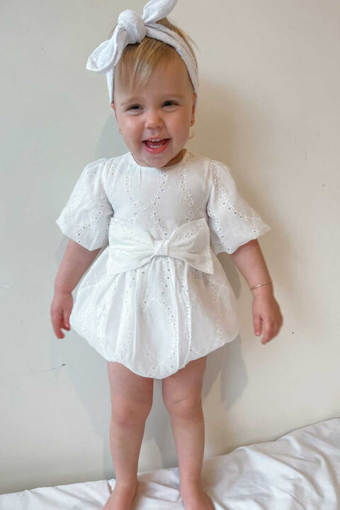 BABY GIRL RUE EMBROIDERED GROW in colour CLOUD DANCER